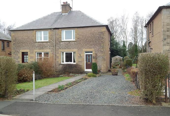 3 Bedrooms Semi Detached House for sale in 14 Winterfield Gardens, Duns, TD11 3HA