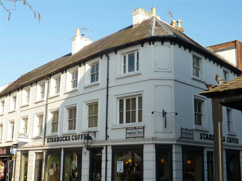 2 Bedrooms Flat for sale in Commercial Street, CITY CENTRE, Hereford