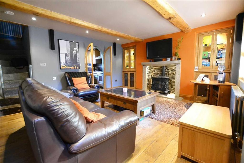 3 Bedrooms Cottage House for sale in Esp Lane, Barnoldswick, Lancashire