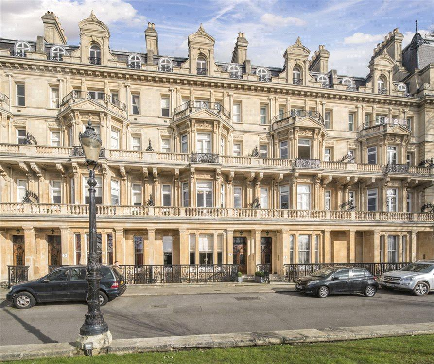 5 Bedrooms Flat for sale in Cambridge Gate, London, NW1