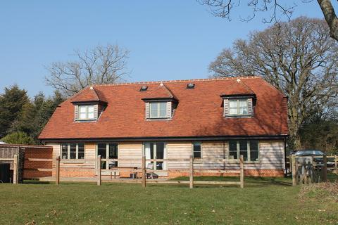 4 bedroom detached house to rent - Hyde Lane, Ecchinswell, Newbury, Berkshire, RG20