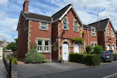 3 bedroom end of terrace house to rent - Powlett Road, Bath, BA2