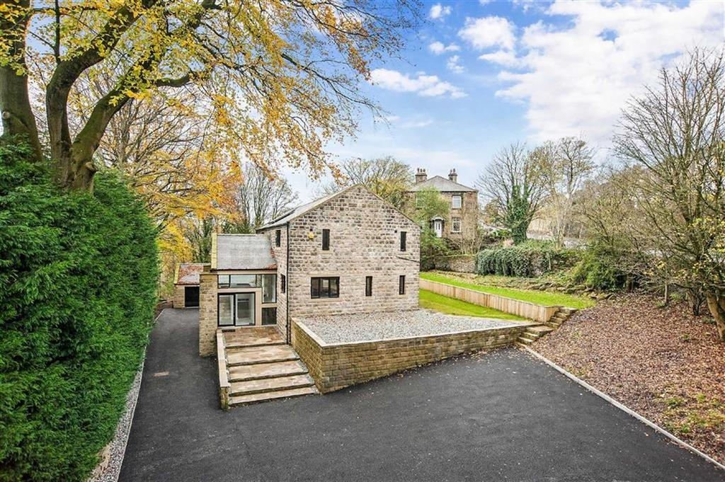 4 Bedrooms Detached House for sale in Meltham Road, Netherton, Huddersfield, HD4
