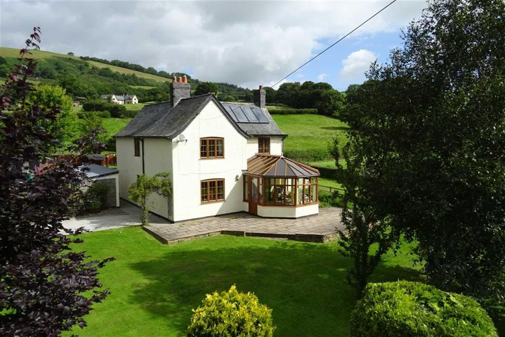 3 Bedrooms Detached House for sale in Cefn Gwyn, Caersws, Powys, SY17