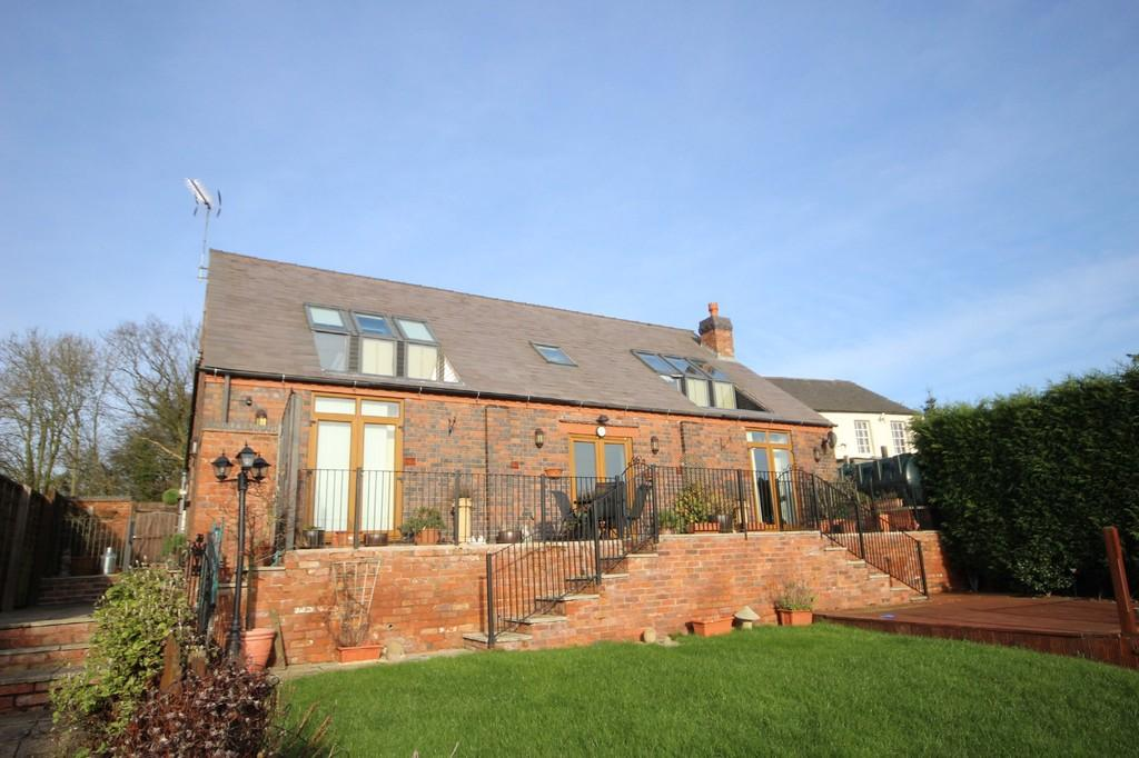 4 Bedrooms Barn Conversion Character Property for sale in Appleby Hill, Austrey