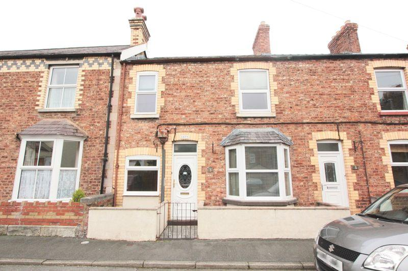 4 Bedrooms Terraced House for sale in Garden Terrace, Denbigh