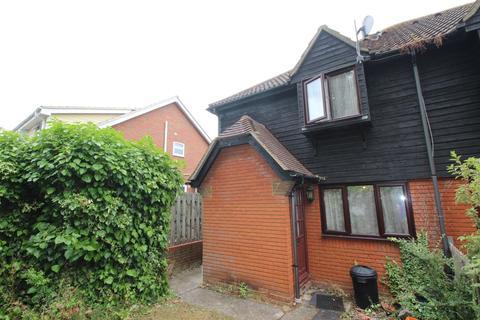 1 bedroom terraced house to rent - Cygnet Court, Swan Lane, Wickford, Essex, SS11
