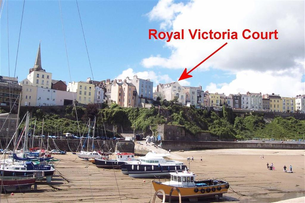 2 Bedrooms Flat for sale in 9, Royal Victoria Court, Tenby, Pembrokeshire, SA70