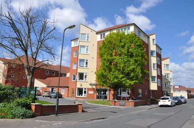 2 Bedrooms Retirement Property for sale in 82 Northampton Avenue, SLOUGH SL1