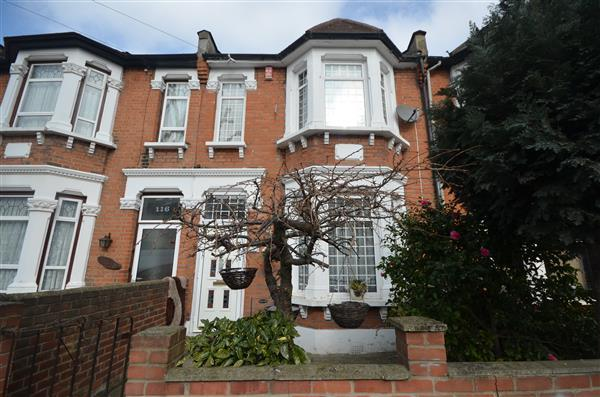 5 Bedrooms Terraced House for sale in Milton Avenue, East Ham