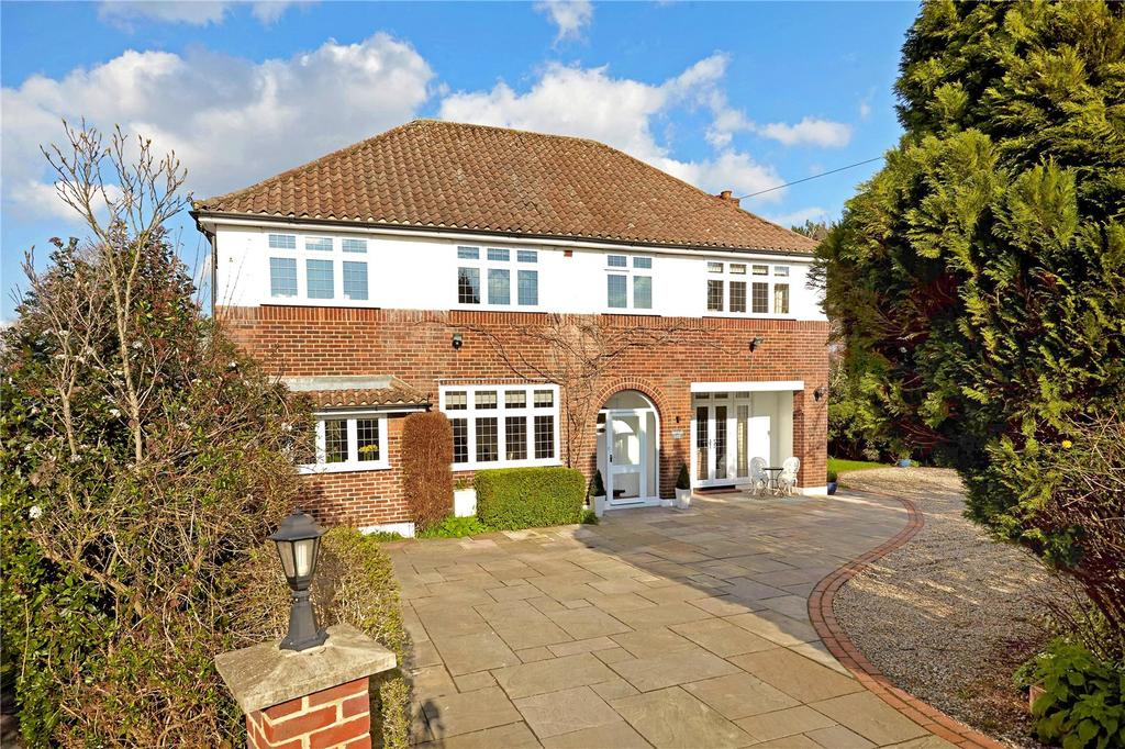 5 Bedrooms Detached House for sale in Foxgrove Road, Beckenham, Kent, BR3