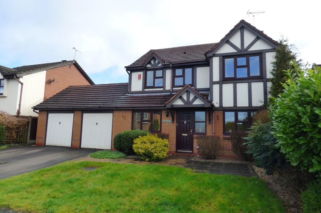 4 Bedrooms Detached House for sale in Heron Drive, Uttoxeter