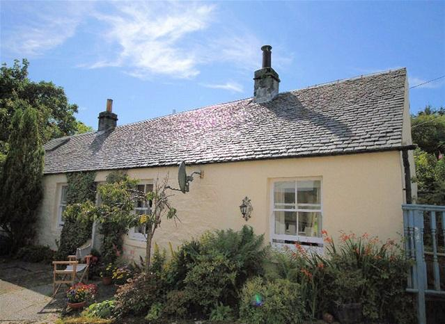 2 Bedrooms Detached House for sale in The Cleft, St Clair Road, Ardrishaig, PA30 8EW