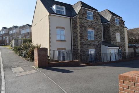 2 bedroom flat to rent - Rogers Drive, Saltash