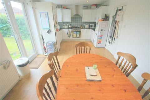 3 bedroom semi-detached house to rent - Duckmoor Road, Bristol, BS3