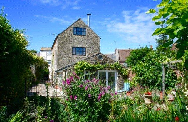 5 Bedrooms Barn Conversion Character Property for sale in East Street The Barn, Bridport, Dorset