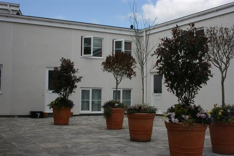 2 bedroom apartment to rent - Grantham Apartments, 327-329 Two Mile Hill Road, Bristol