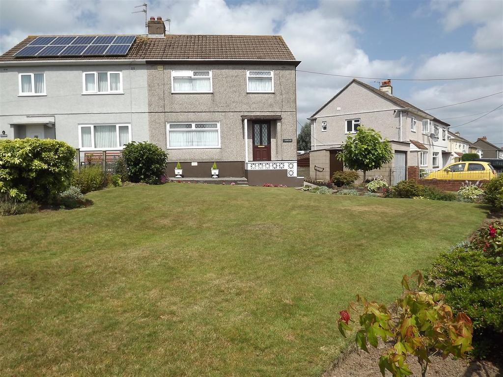3 Bedrooms Semi Detached House for sale in Woodfield Avenue, Llandybie, Ammanford