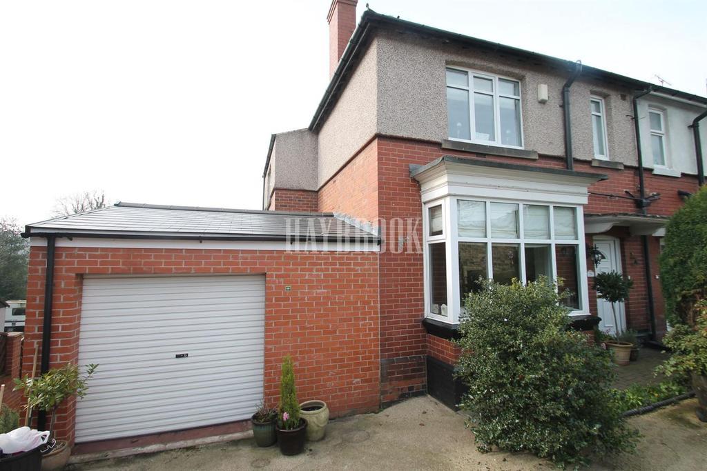 3 Bedrooms Semi Detached House for sale in Broom Road, Broom