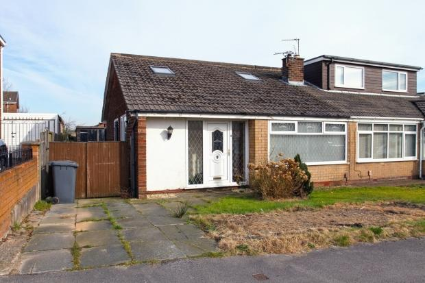 4 Bedrooms Semi Detached Bungalow for sale in Ellesmere Road Ashton In Makerfield Wigan