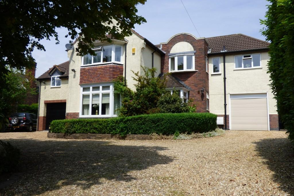 4 Bedrooms Detached House for sale in Ashby Road, Burton upon Trent