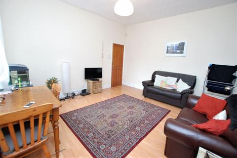 2 bedroom flat to rent - Simonside Terrace, Newcastle Upon Tyne