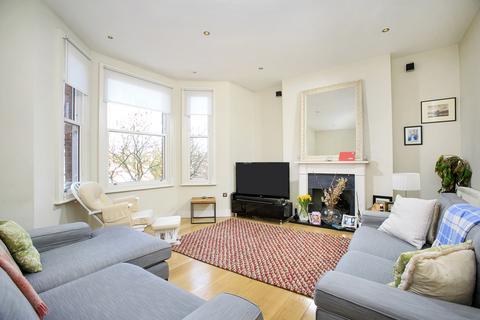 3 bedroom flat to rent - Flanders Mansions, Flanders Road, London