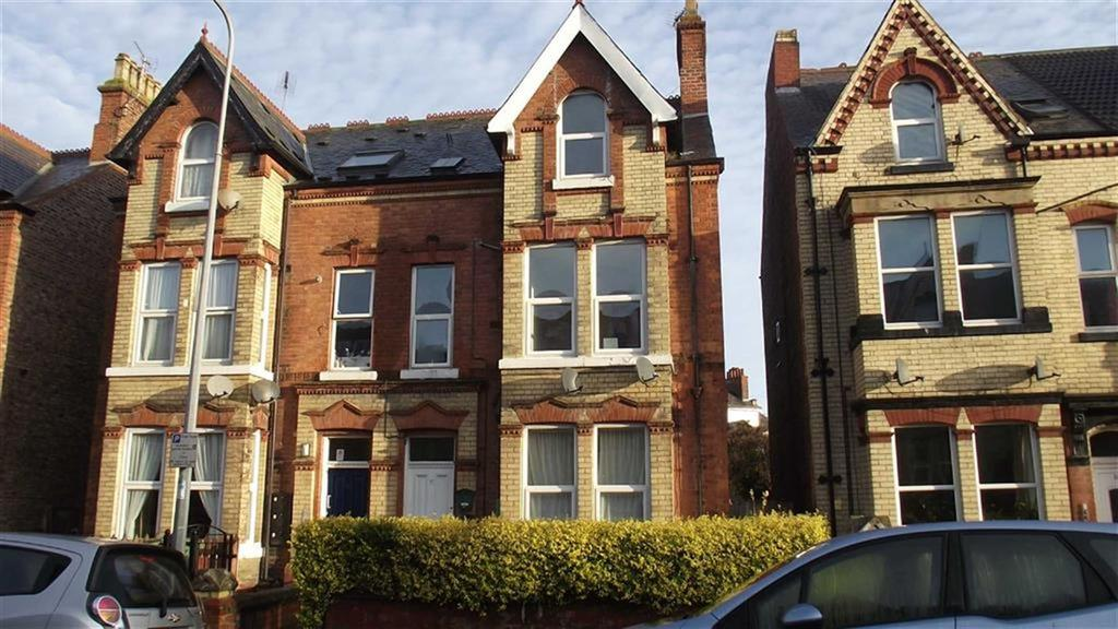 2 Bedrooms Block Of Apartments Flat for sale in Trinity Road, Bridlington, YO15