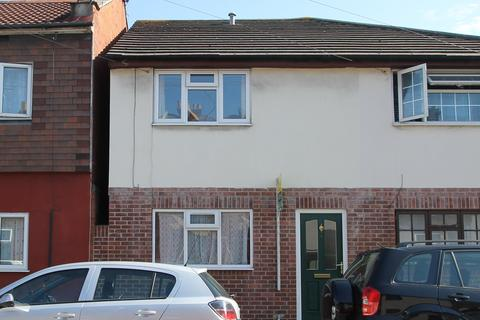 2 bedroom terraced house to rent - Toronto Road, Buckland, portsmouth PO2