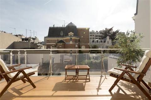 6 bedroom house  - Parisian House, Rue Du Ranelagh, Paris 16
