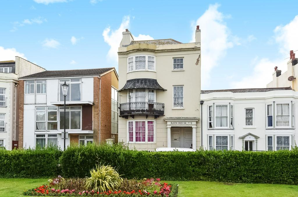 1 Bedroom Flat for sale in The Steyne, Bognor Regis, PO21