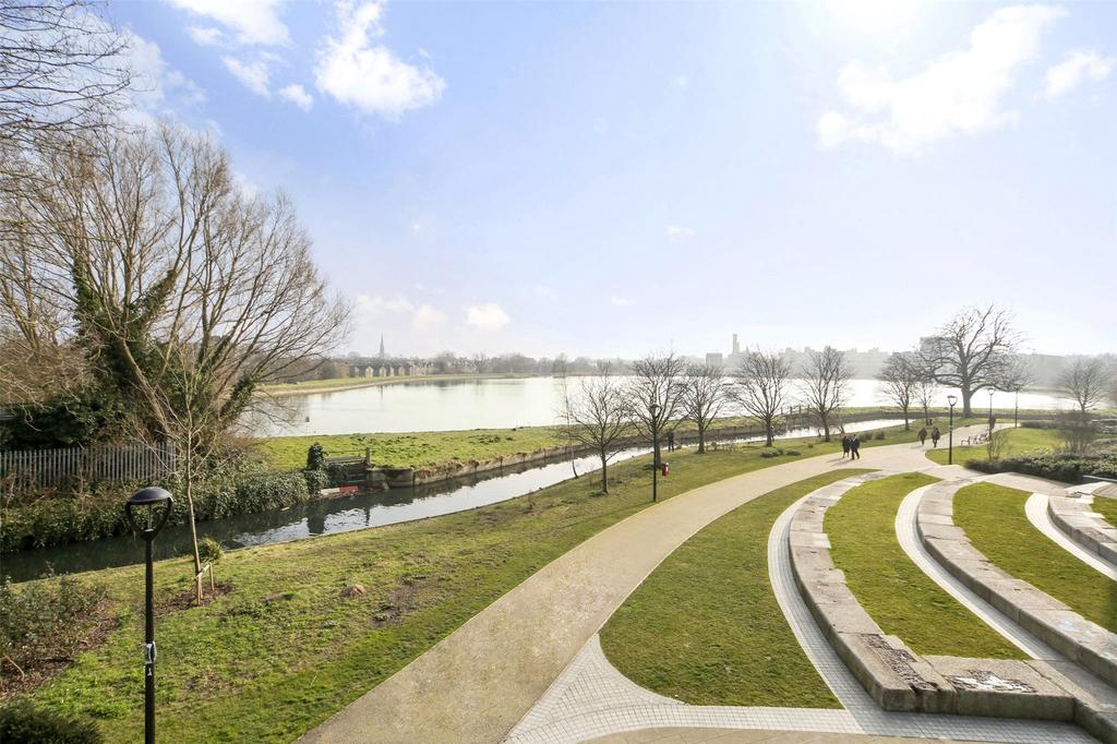 1 Bedroom Flat for sale in Odell House, Woodberry Down, London, N4
