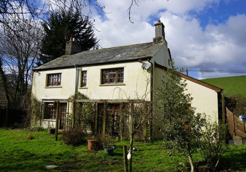 4 Bedrooms Detached House for sale in Lifton