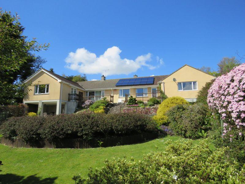 4 Bedrooms Detached Bungalow for sale in Perranwell Station, Nr. Truro