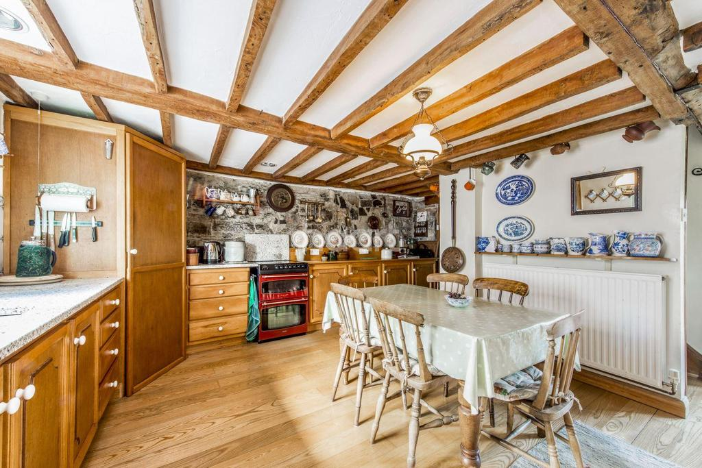 5 Bedrooms Detached House for sale in Lower Road, Woolavington, Bridgwater