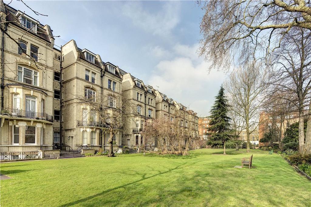 2 Bedrooms Flat for sale in Elm Park Gardens, Chelsea, London, SW10