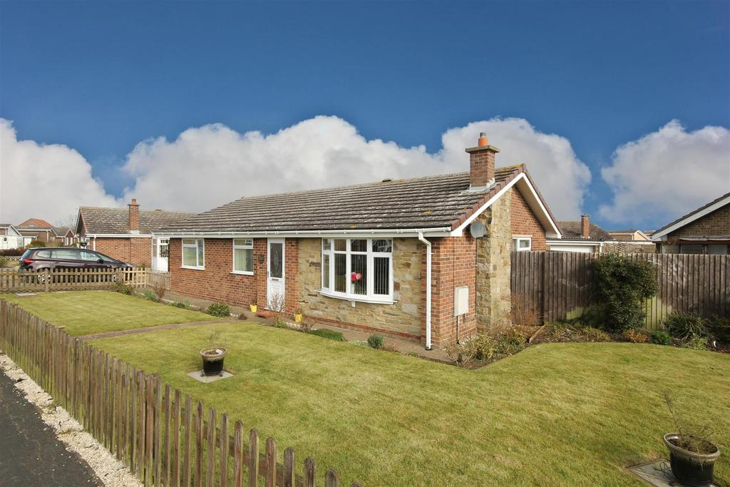 3 Bedrooms Detached Bungalow for sale in 54 Marian Avenue, Mablethorpe