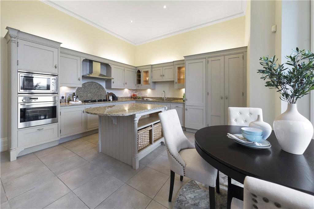 3 Bedrooms Flat for sale in The Mansion, Cobham Park, Cobham, Surrey, KT11