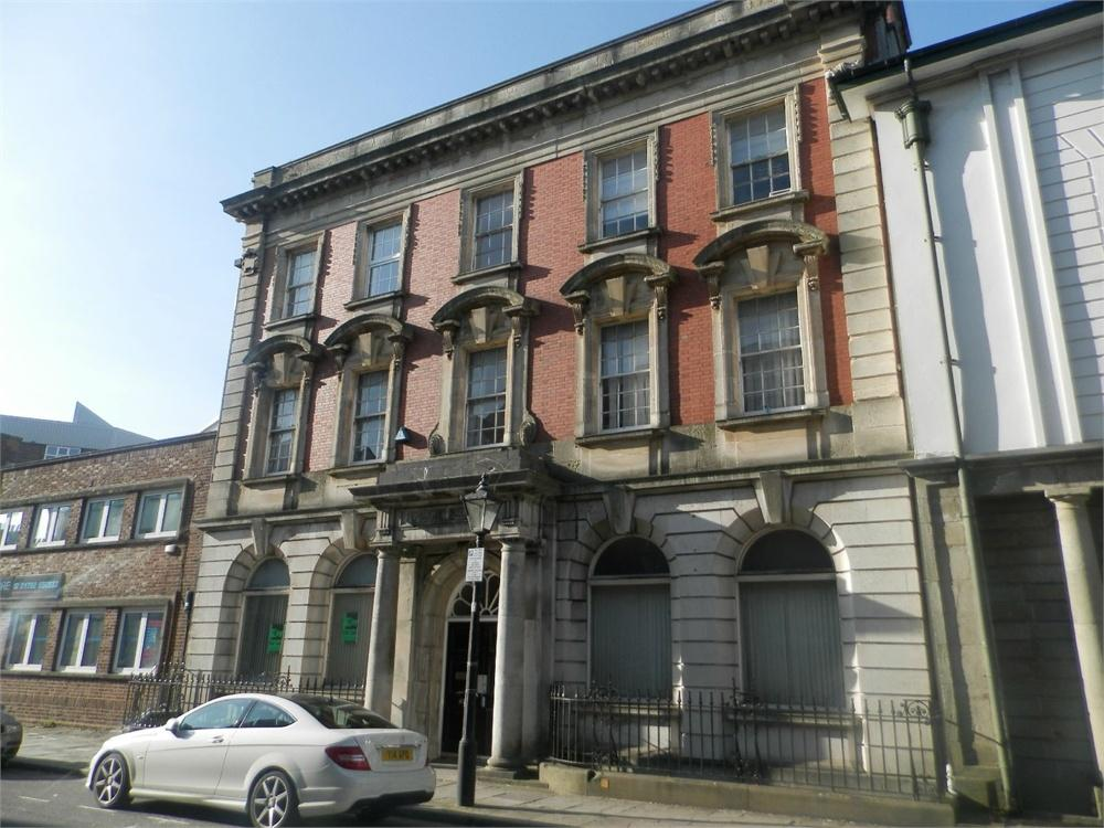 1 Bedroom Flat for sale in Pembroke Buildings, Cambrian Place, Swansea, West Glamorgan