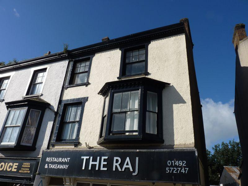 4 Bedrooms Maisonette Flat for sale in Lancaster Square, Conwy