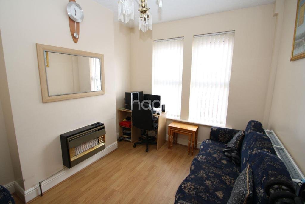 2 Bedrooms Terraced House for sale in Cameron Road, Derby
