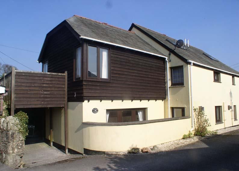 3 Bedrooms Semi Detached House for sale in Store Street, Chagford TQ13