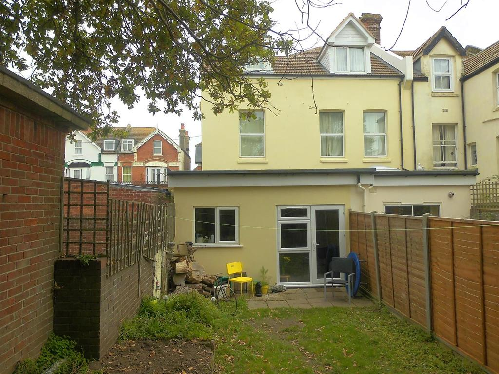 1 Bedroom Flat for sale in Wilton Road, Bexhill-on-Sea