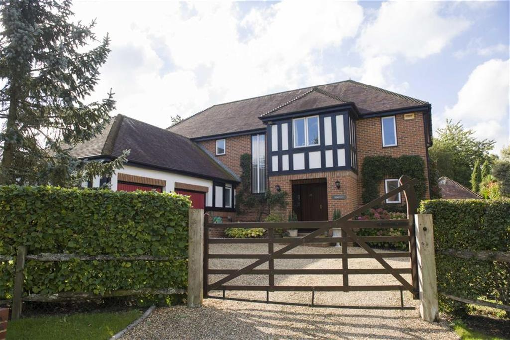 5 Bedrooms Detached House for sale in Queens Copse Lane, Wimborne, Dorset