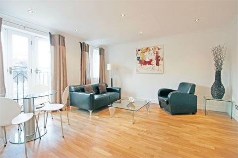 2 bedroom flat to rent - Quadrangle Close, London Bridge, SE1