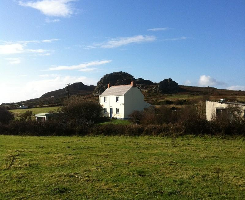 3 Bedrooms Land Commercial for sale in Penparc , Pencaer, Goodwick, Pembrokeshire. SA64 0JQ