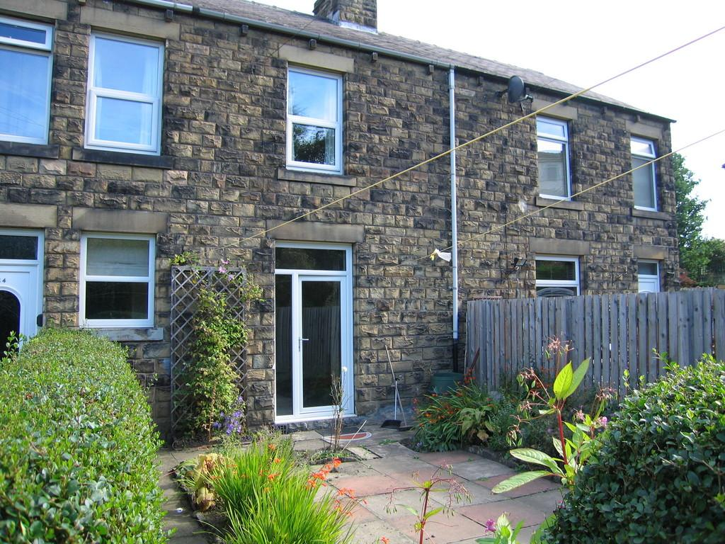 2 Bedrooms Terraced House for sale in Norman Road, Denby Dale, HD8