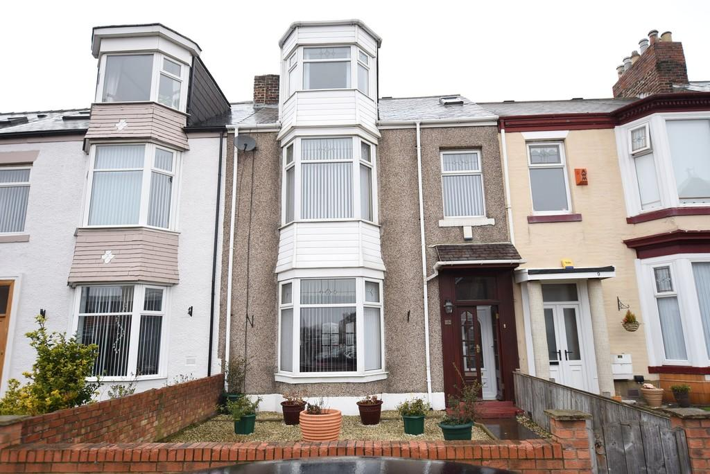 6 Bedrooms Terraced House for sale in St. Georges Terrace, Roker