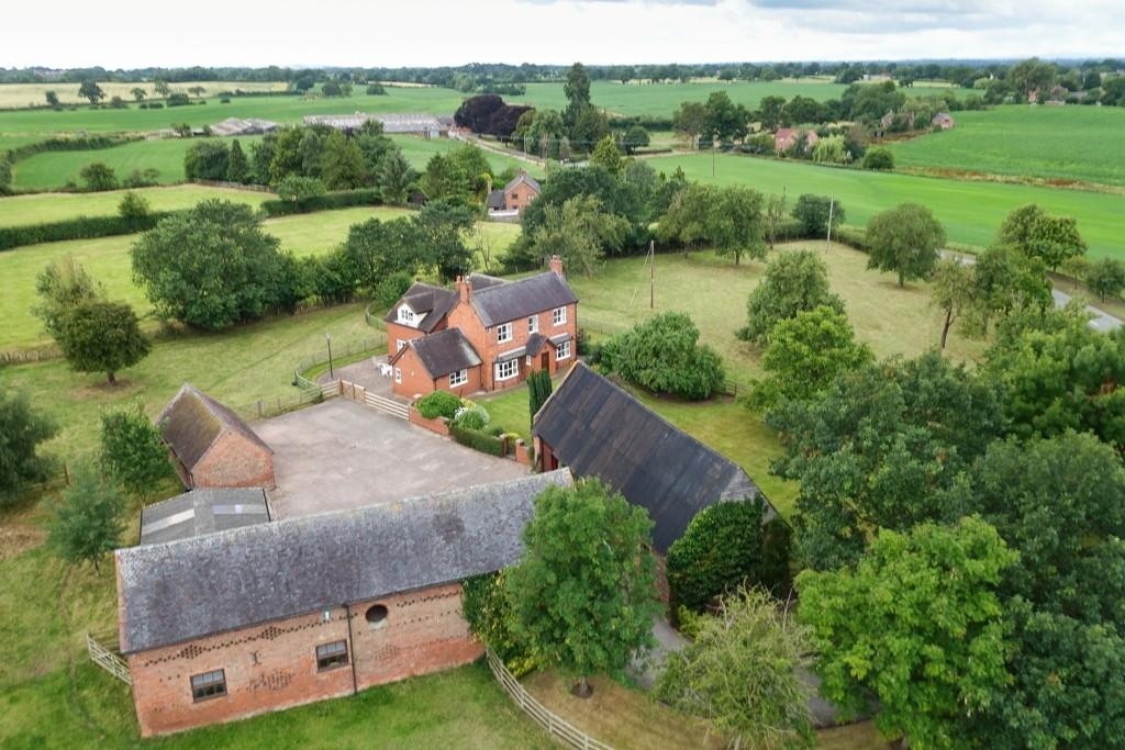Barn Character Property for sale in Buerton, Cheshire