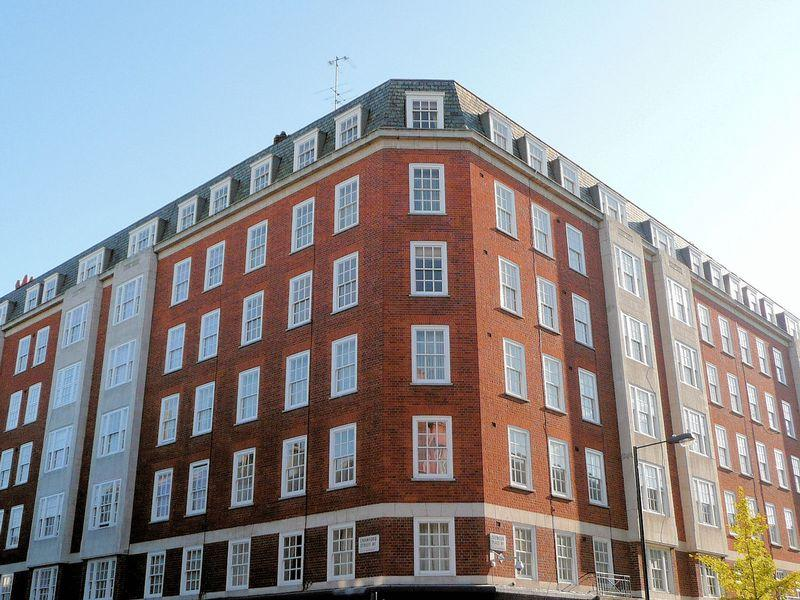 3 Bedrooms Flat for sale in Clarewood Court, Seymour Place, MARYLEBONE, Greater London, W1H 2NL